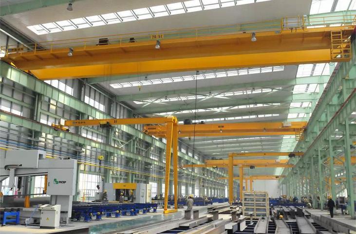 电动双梁桥式起重机QD20-18.5m双梁吊钩桥式起重机  电动双梁桥式起重机 QD20-18.5m 双梁吊钩桥式起重机 第1张