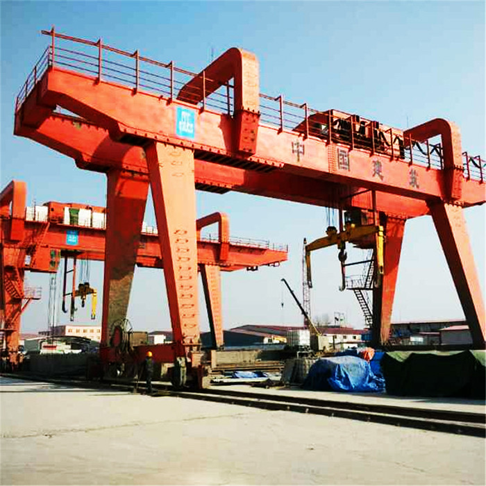 大型MG型双梁门式起重机 低噪音运行平稳港口码头用门式起重机港口门座起重机