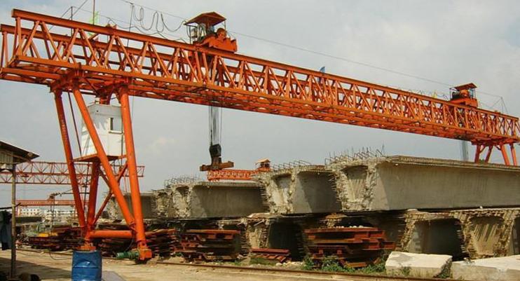 中铁双梁架桥门式起重机 150T桥梁专用提梁机 架桥双梁门机成都起重机