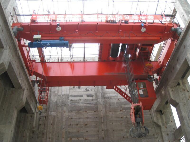 门式起重机四川省起重机水电站项目使用20吨龙门吊跨度22米提升高度10米轨道行程60米