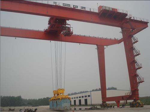 集装箱门式起重机港口起重机货场港口用起重机大吨位造船门机125吨造船门式起重机