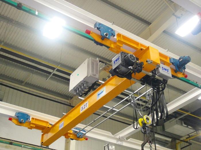 单梁桥式起重机电动单梁起重机电动单梁悬挂起重机成都起重机