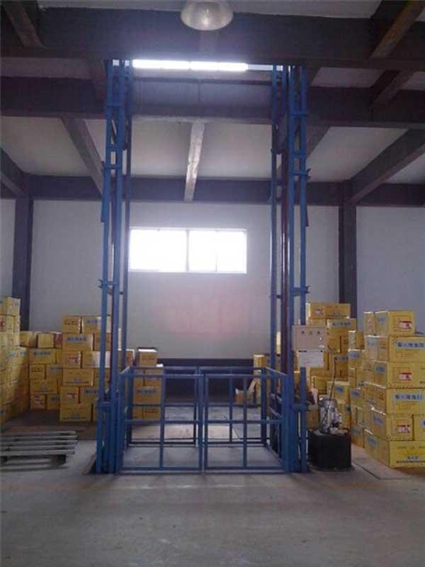 化工厂专用货梯 家具厂家专用货梯大连升降货梯 定制3吨升降货梯大连货梯